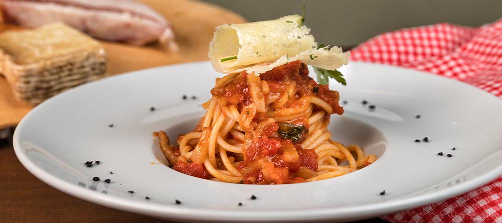 spaghetti-all'amatriciana-ricetta